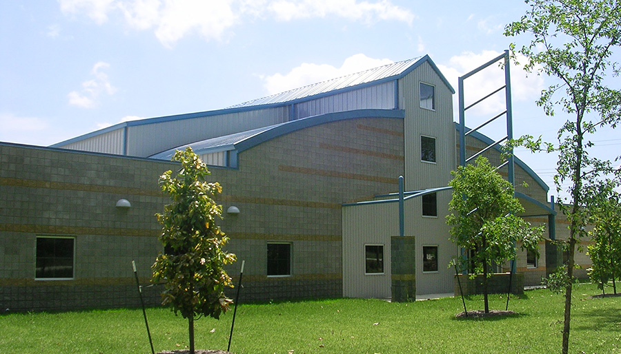 Metal building erecting in livingston texas tdh builders for Home builders in livingston tx